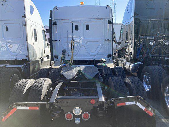 2017 Freightliner Truck 6x4, Tractor #HLHK0151B - photo 1