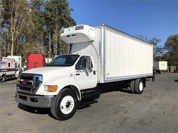 2008 Ford F-550 Regular Cab DRW 4x2, Refrigerated Body #8V642392P - photo 1