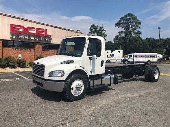 2015 Freightliner M2 106 4x2, Cab Chassis #FDGA5709T - photo 1