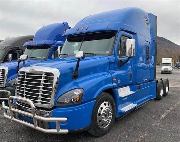 2015 Freightliner Truck 6x4, Tractor #FLGJ4257T - photo 1