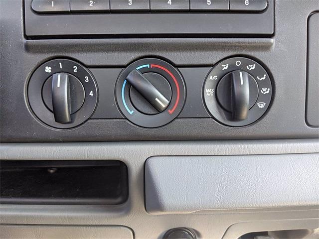 2005 Ford F-350 Regular Cab DRW 4x2, Mechanics Body #UT9166M - photo 20