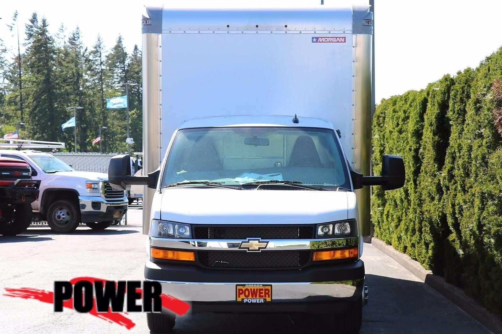 2021 Chevrolet Express 4500 DRW 4x2, Cutaway #24287 - photo 1