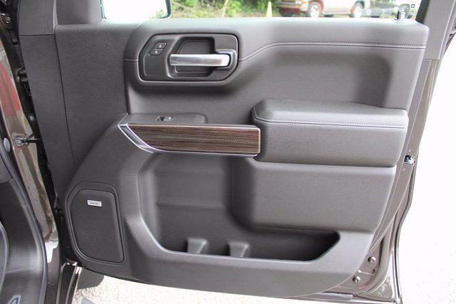 2021 Chevrolet Silverado 1500 Crew Cab 4x4, Pickup #71661 - photo 3