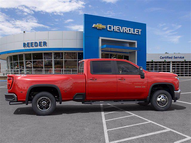 2021 Chevrolet Silverado 3500 Crew Cab 4x4, Pickup #71861 - photo 5
