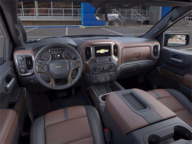 2021 Chevrolet Silverado 1500 Crew Cab 4x4, Pickup #71891 - photo 12