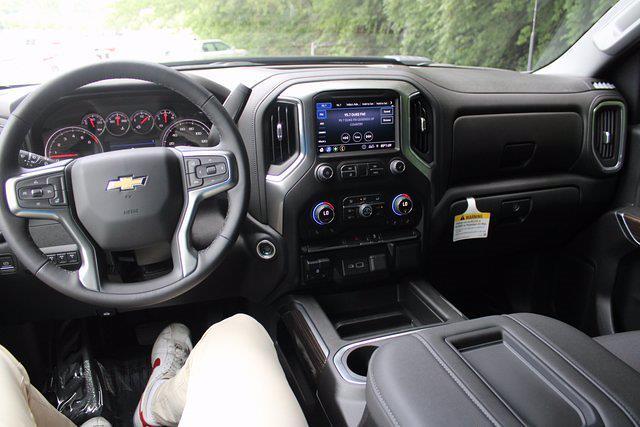 2021 Chevrolet Silverado 3500 Crew Cab 4x4, Cab Chassis #72511 - photo 23