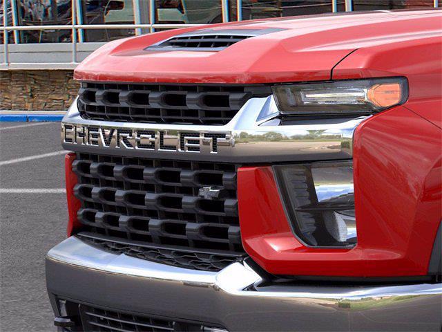 2021 Chevrolet Silverado 3500 Crew Cab 4x4, Pickup #72561 - photo 17