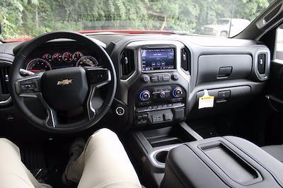 2021 Chevrolet Silverado 3500 Crew Cab 4x4, Pickup #72561 - photo 7
