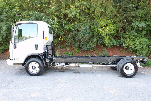 2021 LCF 3500 4x2,  Cab Chassis #75151 - photo 18