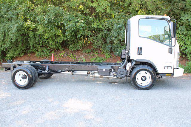 2021 LCF 3500 4x2,  Cab Chassis #75151 - photo 5