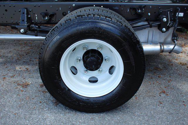 2021 LCF 3500 4x2,  Cab Chassis #75171 - photo 5