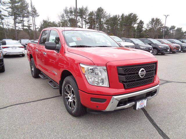 2021 Nissan Titan 4x4, Pickup #00515971 - photo 1