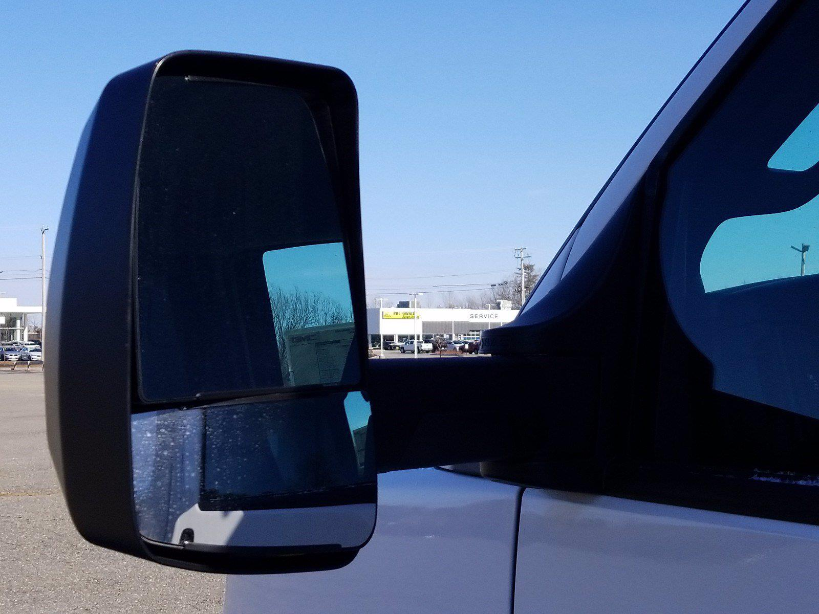 2020 GMC Savana 3500 4x2, Reading Service Utility Van #GM658245 - photo 18