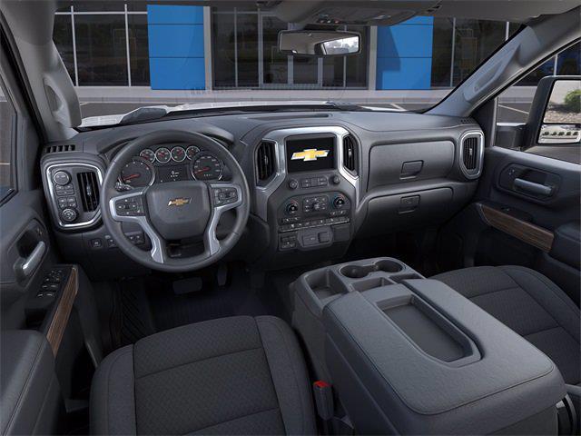 2021 Chevrolet Silverado 2500 Crew Cab 4x4, Pickup #150637 - photo 12