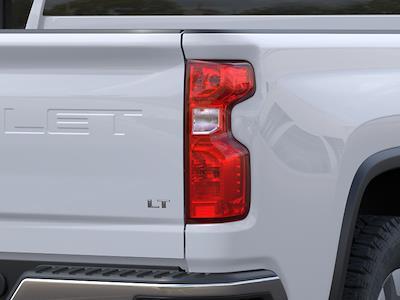 2021 Chevrolet Silverado 2500 Crew Cab 4x4, Pickup #150637 - photo 9