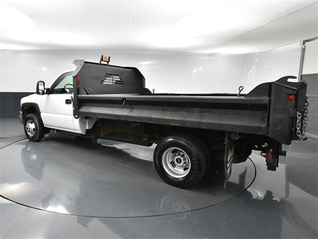 2006 GMC Sierra 3500 4x2, Dump Body #CC01521 - photo 1