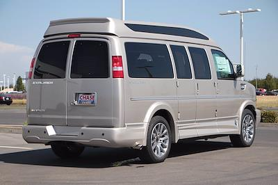 2021 Chevrolet Express 2500 4x2, Passenger Wagon #21T0606 - photo 2