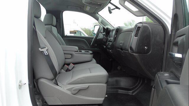 2019 Chevrolet Silverado 5500 Regular Cab DRW 4x4, Reading Platform Body #4772 - photo 11