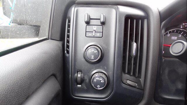 2019 Chevrolet Silverado 5500 Regular Cab DRW 4x4, Reading Platform Body #4772 - photo 16
