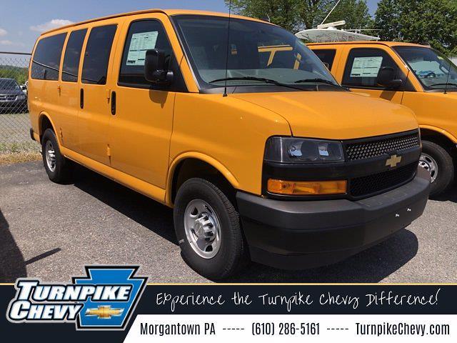2019 Chevrolet Express 3500 4x2, Passenger Wagon #T19235 - photo 1