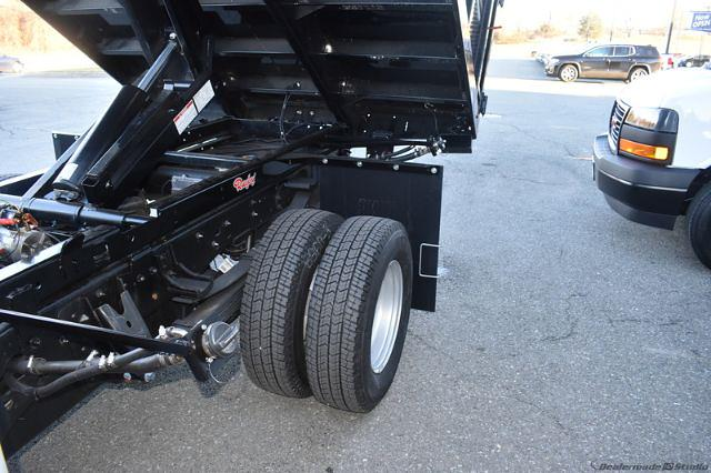 2020 GMC Sierra 3500 Crew Cab 4x4, Stake Bed #T201631 - photo 21