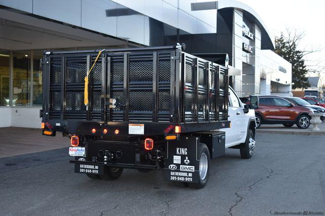 2020 GMC Sierra 3500 Crew Cab 4x4, Stake Bed #T201631 - photo 2