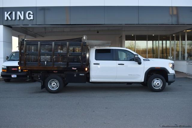 2020 Sierra 3500 Crew Cab 4x4,  Stake Bed #T201631 - photo 4