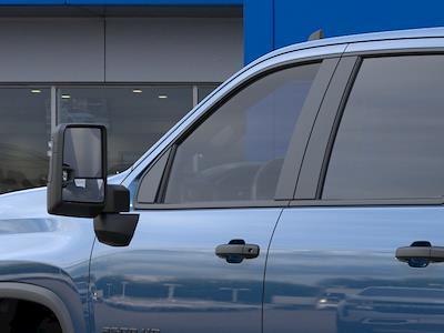 2021 Chevrolet Silverado 2500 Crew Cab 4x4, Pickup #M1388 - photo 10