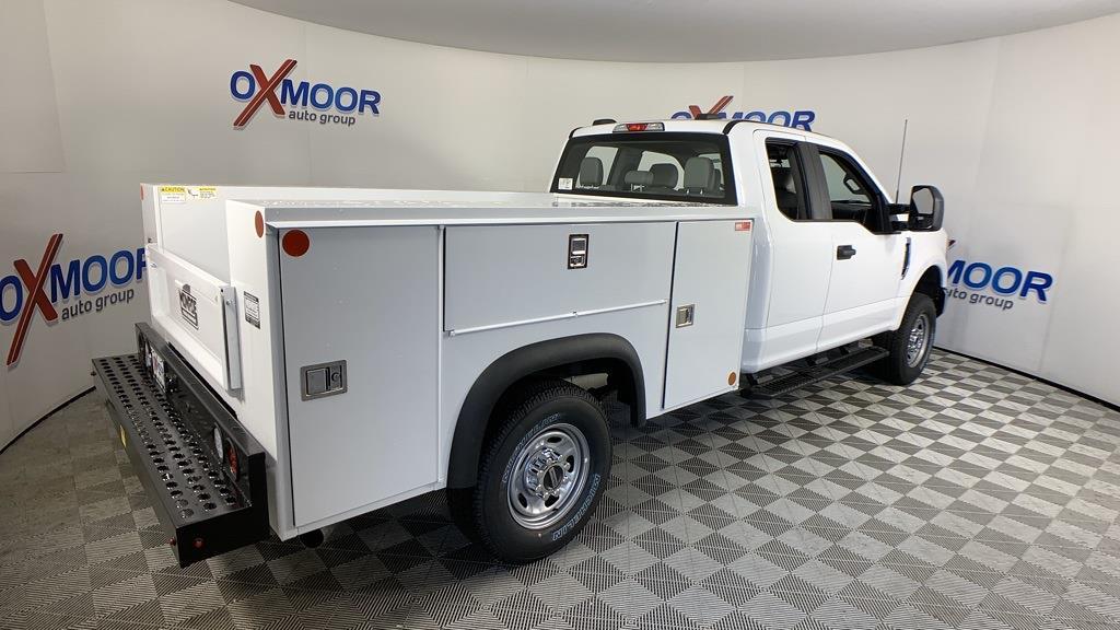 2021 Ford F-250 Super Cab 4x4, Monroe Service Body #43180 - photo 1