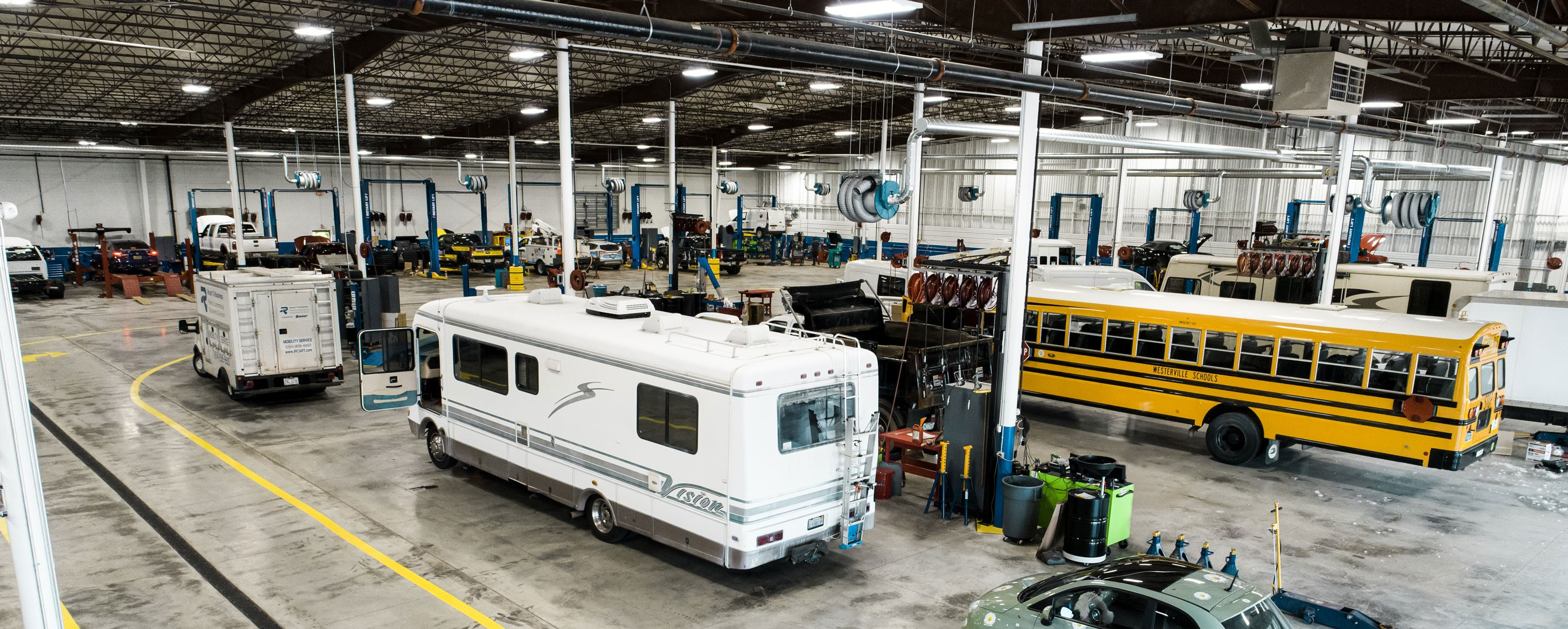 Ford Service Department Interior at Ricart Ford in Groveport, OH