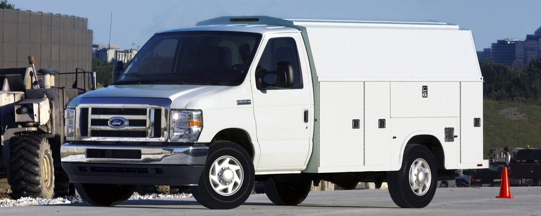 Ford E-350 Cutaway Service Truck