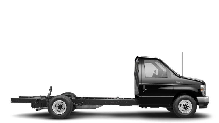 Ford E-450 Cutaway Van