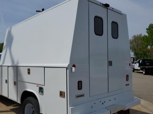 2021 Chevrolet Silverado 5500 Crew Cab DRW 4x4, Reading Panel Service Body #T10563 - photo 1