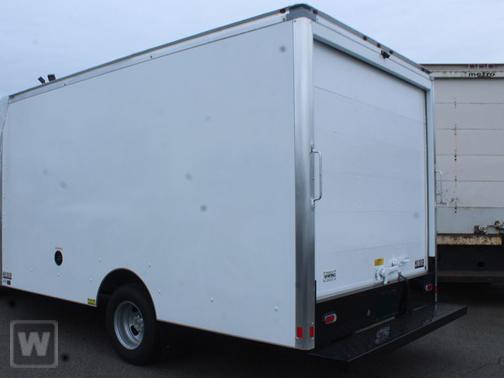 2020 Chevrolet Express 3500 4x2, Supreme Cutaway Van #T00978 - photo 1