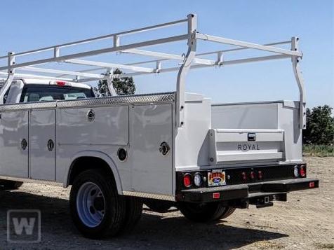 2021 Ford F-450 Crew Cab DRW 4x2, Royal Truck Body Service Body #21T0095 - photo 1