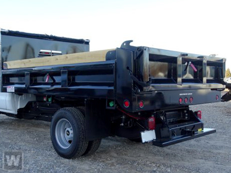 2019 Silverado Medium Duty Regular Cab DRW 4x4, Freedom Dump Body #M1990119 - photo 1
