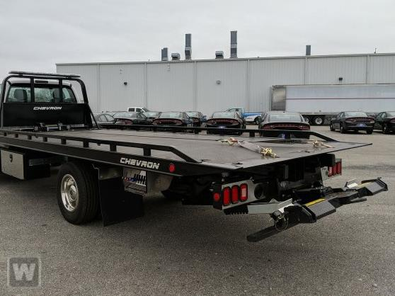 2021 Ford F-650 Regular Cab DRW 4x2, Miller Industries Chevron Rollback Body #MDF00121 - photo 1