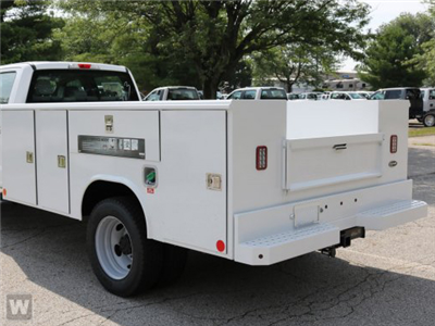 2018 F-450 Regular Cab DRW, Reading Classic II Steel Service Body #T18273 - photo 1