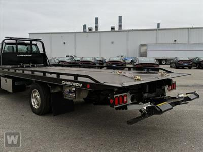 2020 Chevrolet Silverado Medium Duty Regular Cab DRW RWD, Miller Industries Chevron Rollback Body #N20654 - photo 1