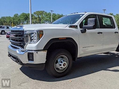 2021 GMC Sierra 3500 Crew Cab 4x2, Cab Chassis #T21120 - photo 1