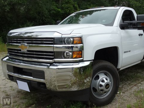 2017 Silverado 3500 Regular Cab DRW 4x4,  Reading Classic II Steel Service Body #1171608 - photo 1