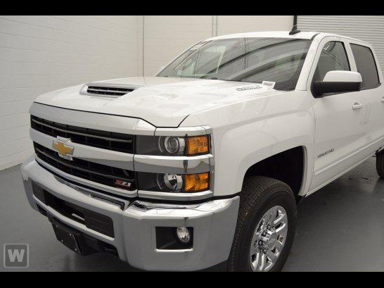 2018 Silverado 2500 Crew Cab 4x4 Pickup #180303 - photo 1
