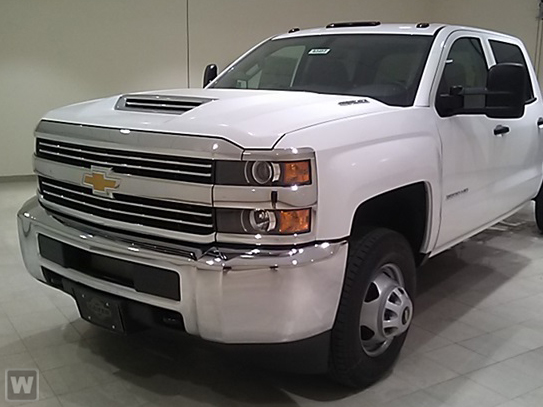 2018 Silverado 3500 Crew Cab DRW 4x4, Reading SL Service Body #C80838 - photo 1