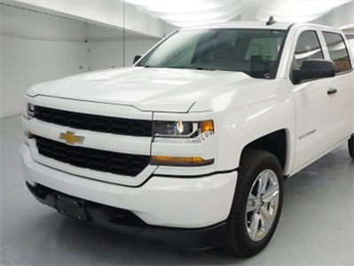 2018 Silverado 1500 Crew Cab 4x4 Pickup #T18-232 - photo 1