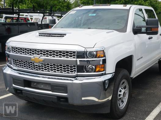 2020 Chevrolet Silverado 3500 Crew Cab 4x4, Pickup #204946 - photo 1