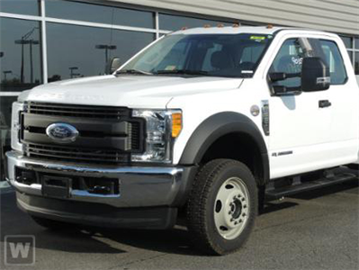 2017 F-550 Super Cab DRW 4x4 Cab Chassis #HEE01420 - photo 1