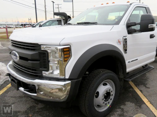 2018 F-550 Regular Cab DRW 4x2,  Parkhurst Platform Body #00084339 - photo 1