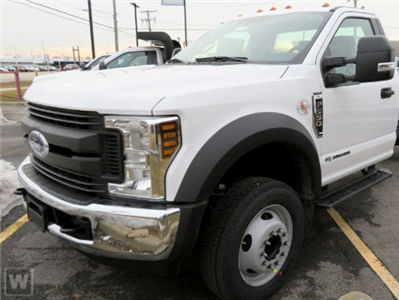 2018 F-550 Regular Cab DRW 4x4,  Cab Chassis #AT09926 - photo 1