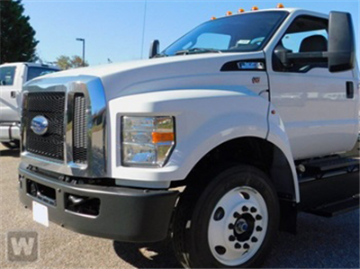 2018 F-650 Regular Cab DRW 4x2,  Cab Chassis #AT09984 - photo 1