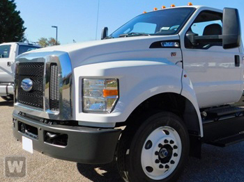 2018 F-650 Regular Cab DRW 4x2,  Cab Chassis #JDF04972 - photo 1